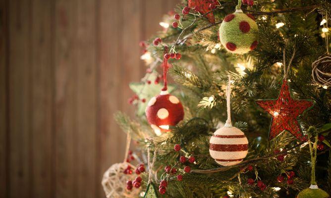 Decorar Un árbol De Navidad Verde Hogarmania