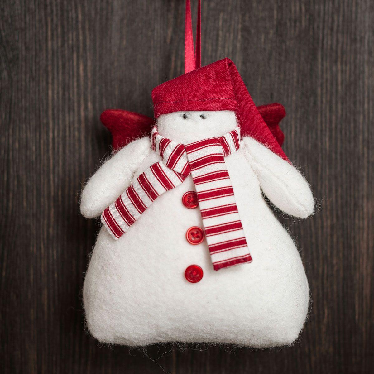 Ideas para hacer un muñeco de nieve de fieltro