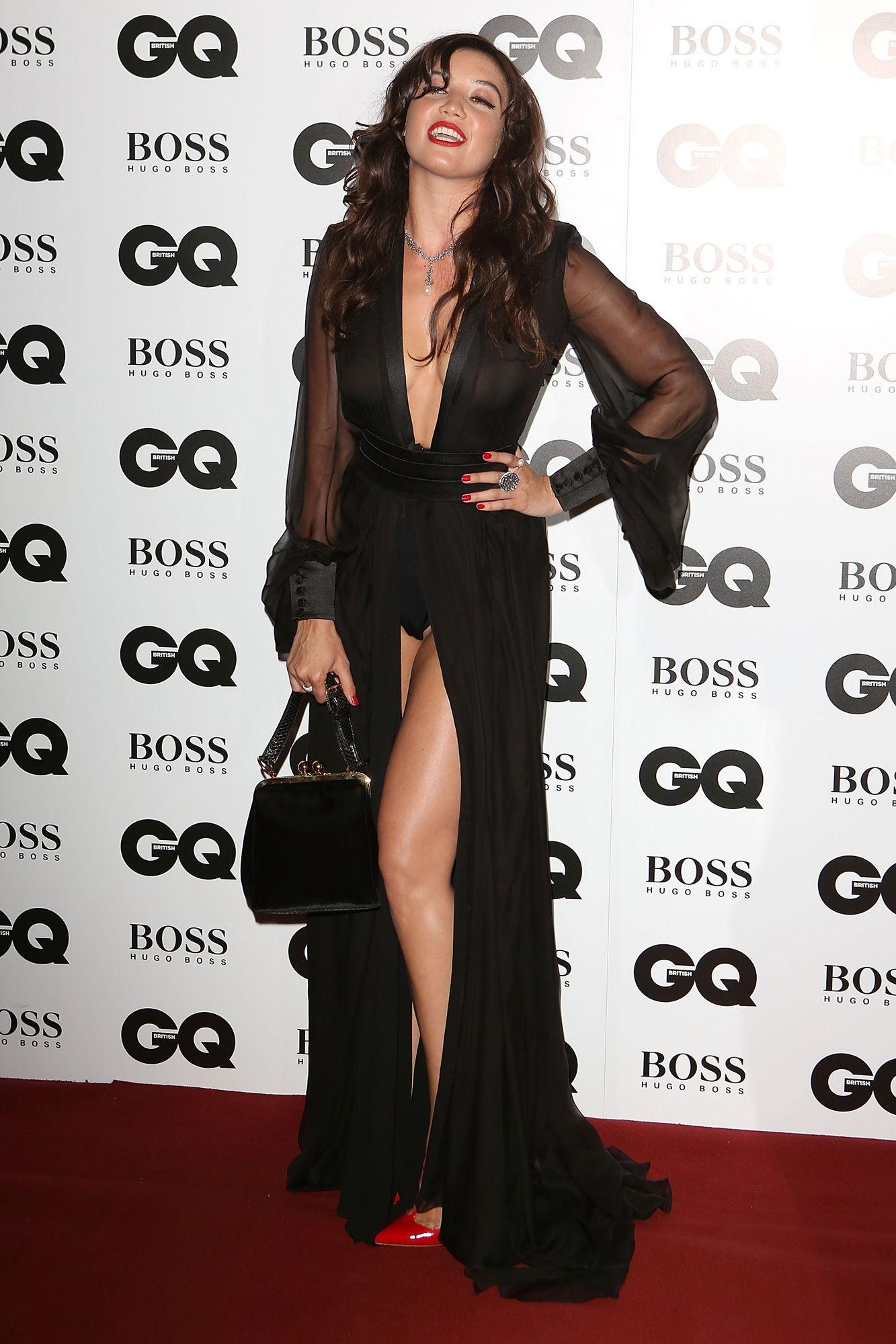 Outfit vestido negro de noche