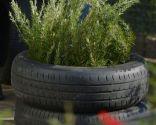 Hacer jardineras con neumáticos