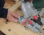 Hacer un colgador con un listón de madera
