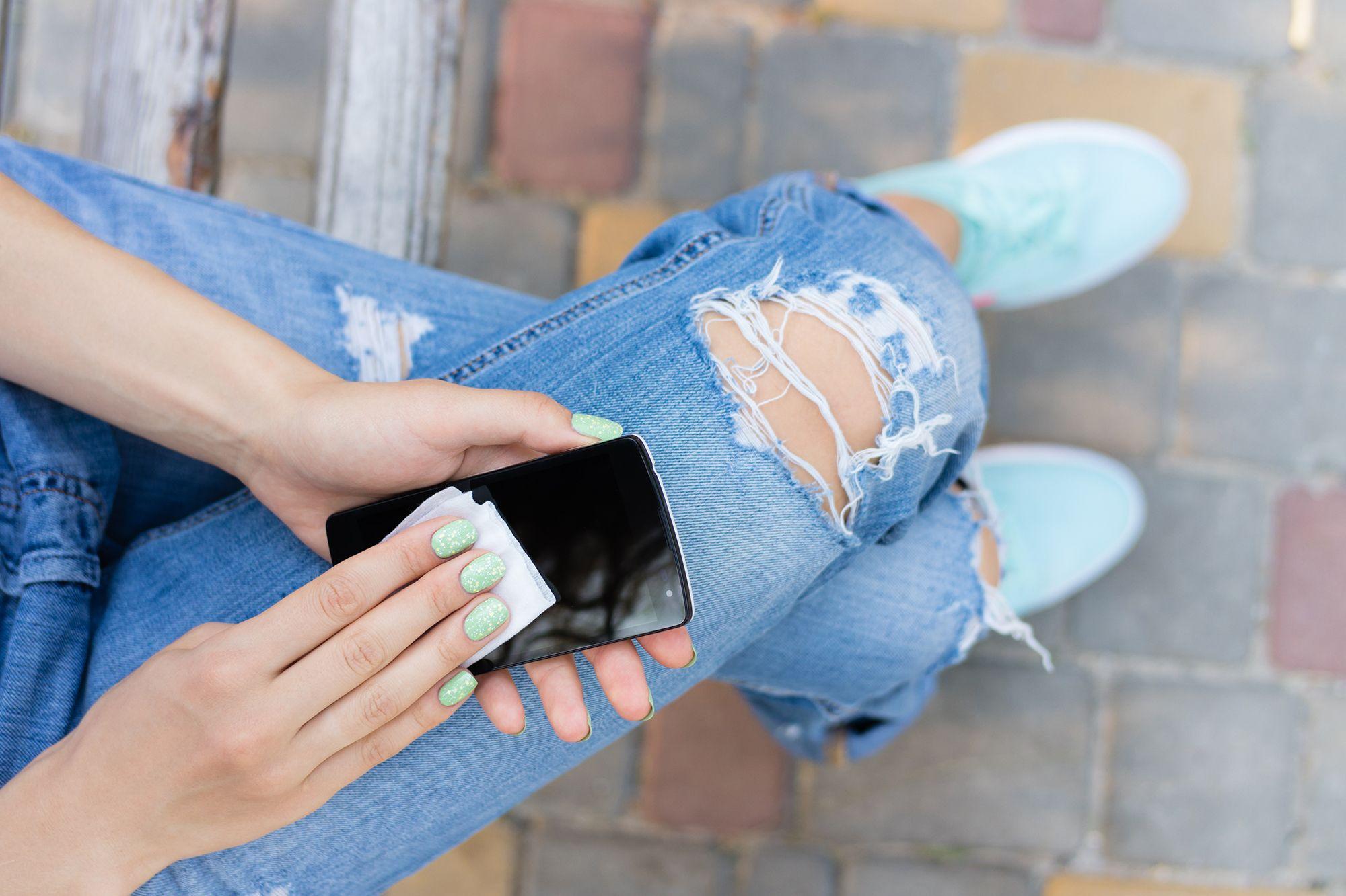 moda pantalones rotos