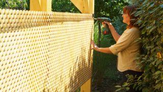 Proteger cubierta con celosías de madera