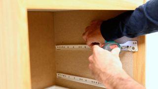 Cambiar las guías de un cajón
