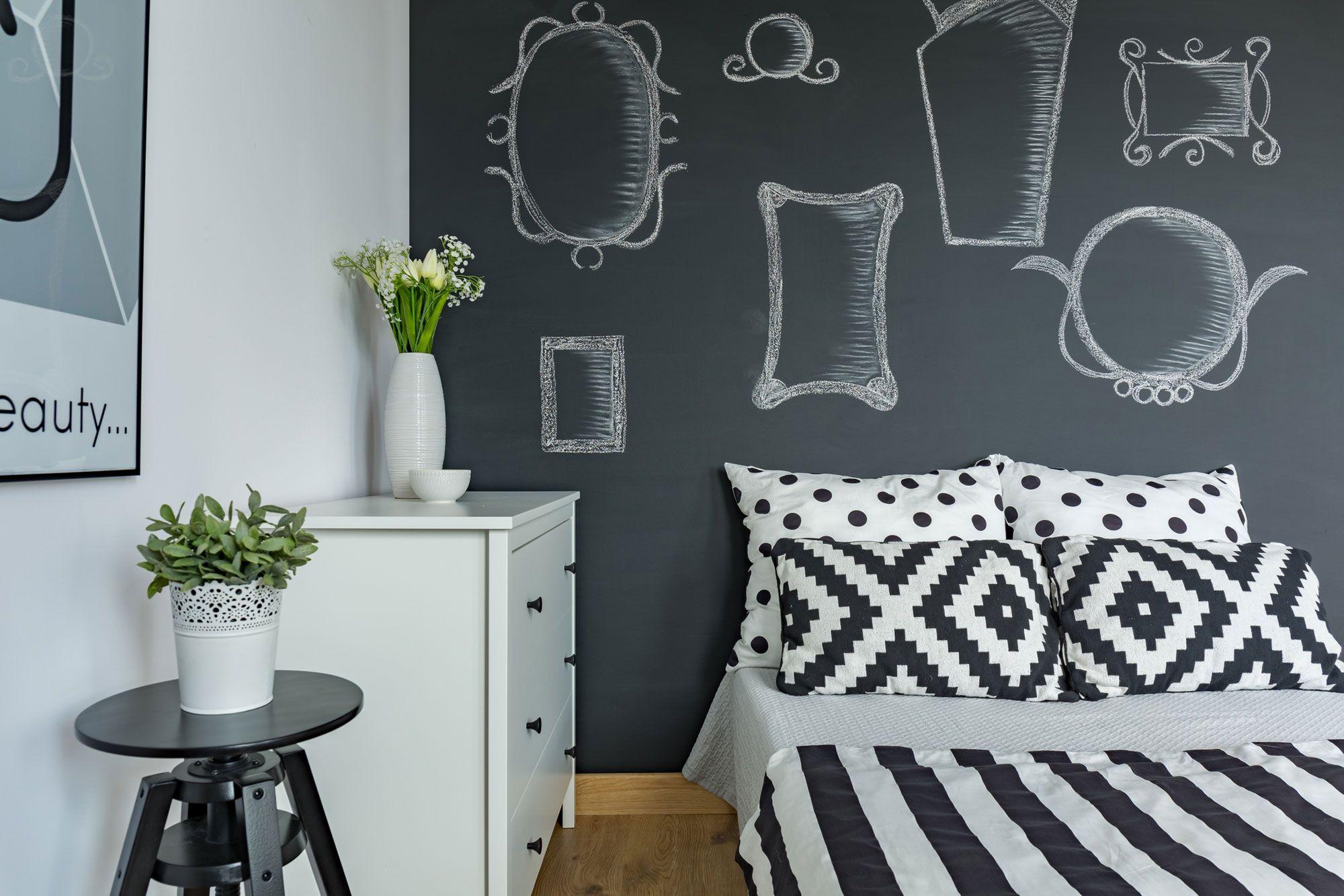Consejos para usar pintura de pizarra hogarmania for Como hacer el color gris para paredes