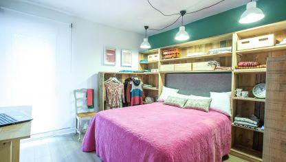 dormitorio con vestidor a la vista