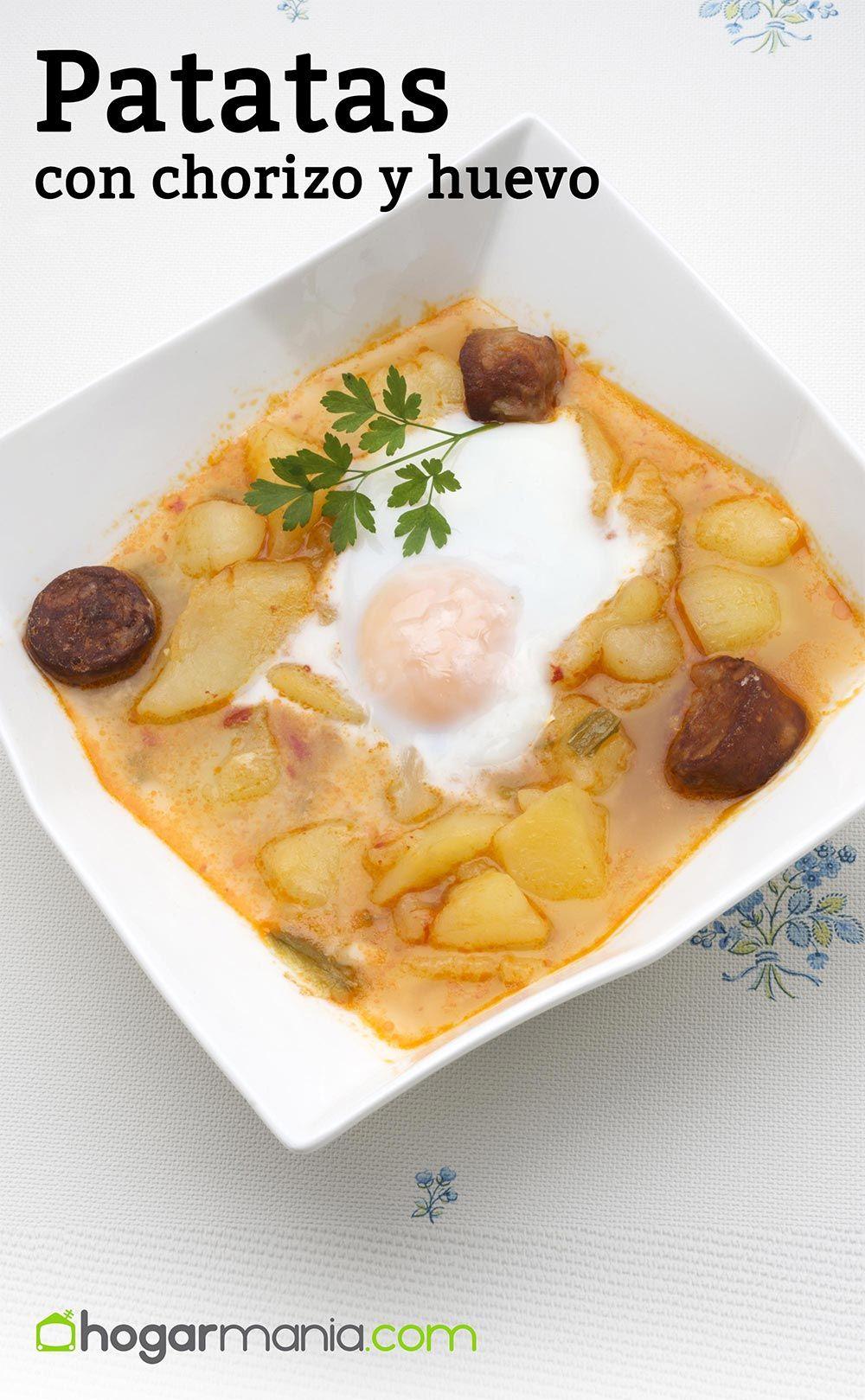 Patatas con chorizo y huevo