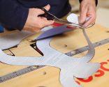 Restaurar encimera de mesa con láminas adhesivas