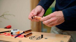 Cómo hacer un cuelga llaves imantado