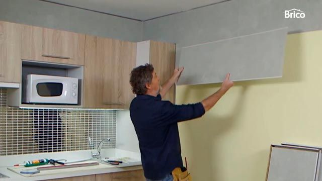 Los trabajos de bricolaje m s vistos en 2017 hogarmania for Revestimiento de paredes para duchas
