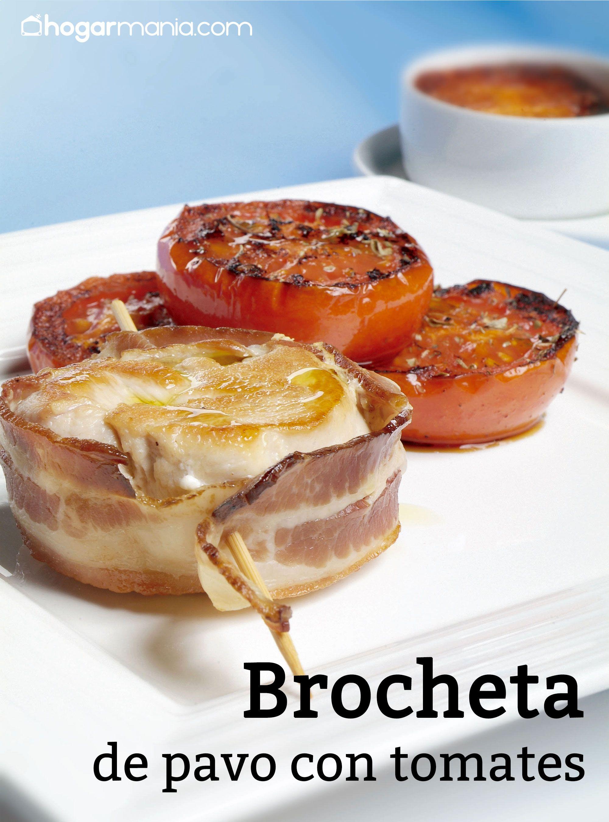 Brocheta de pavo con tomates