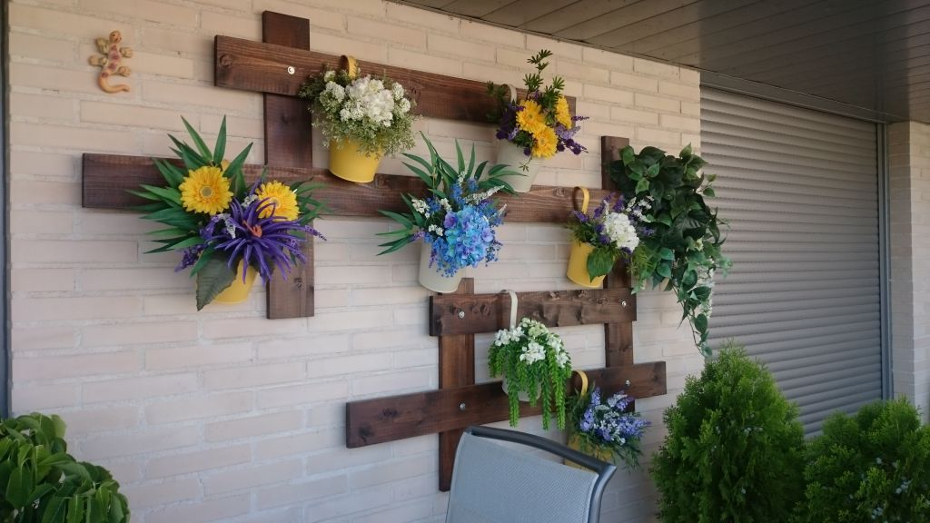 Como hacer un jardin vertical gallery of botellas de for Ideas de jardines verticales