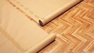 Proteger suelos a la hora de pintar