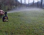 Cómo regenerar el césped después del invierno - Incorporar abono líquido riego