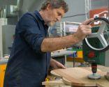 Cómo hacer un soporte de madera para la guitarra