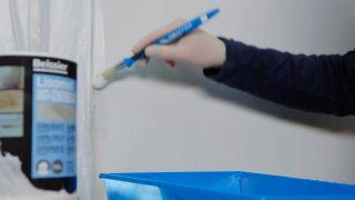 Cómo eliminar humedad por condensación en pared de cocina