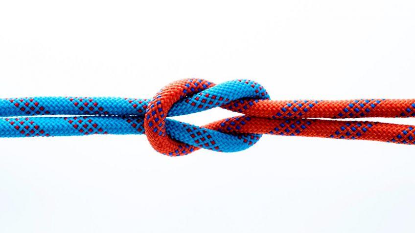 C mo hacer un nudo para la cuerda de tender la ropa - Como colocar las cuerdas de un estor ...