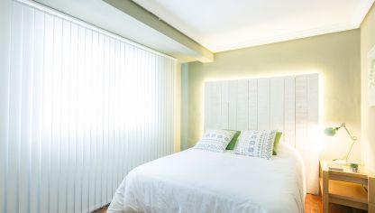 Dormitorio de estilo n rdico en tonos verdes decogarden for Dormitorio estilo nordico blanco
