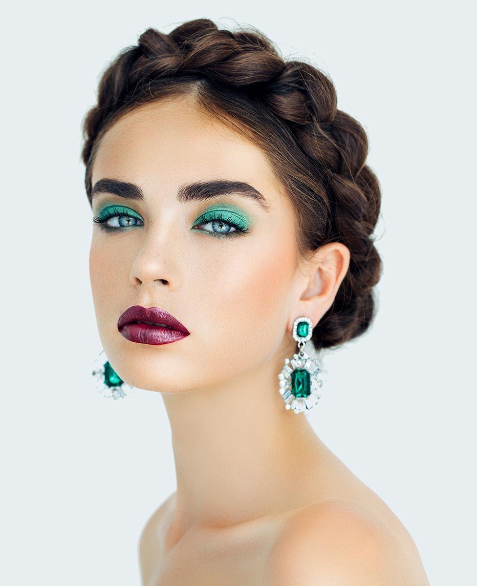 pendientes maquillaje verde