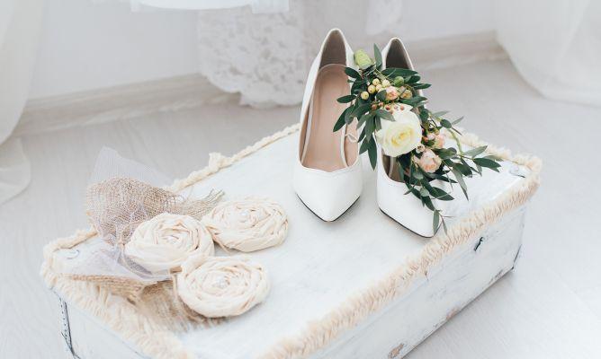 Zapatos de novia hogarmania for Zapatos para boda en jardin