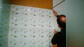Cómo alisar una pared alicatada