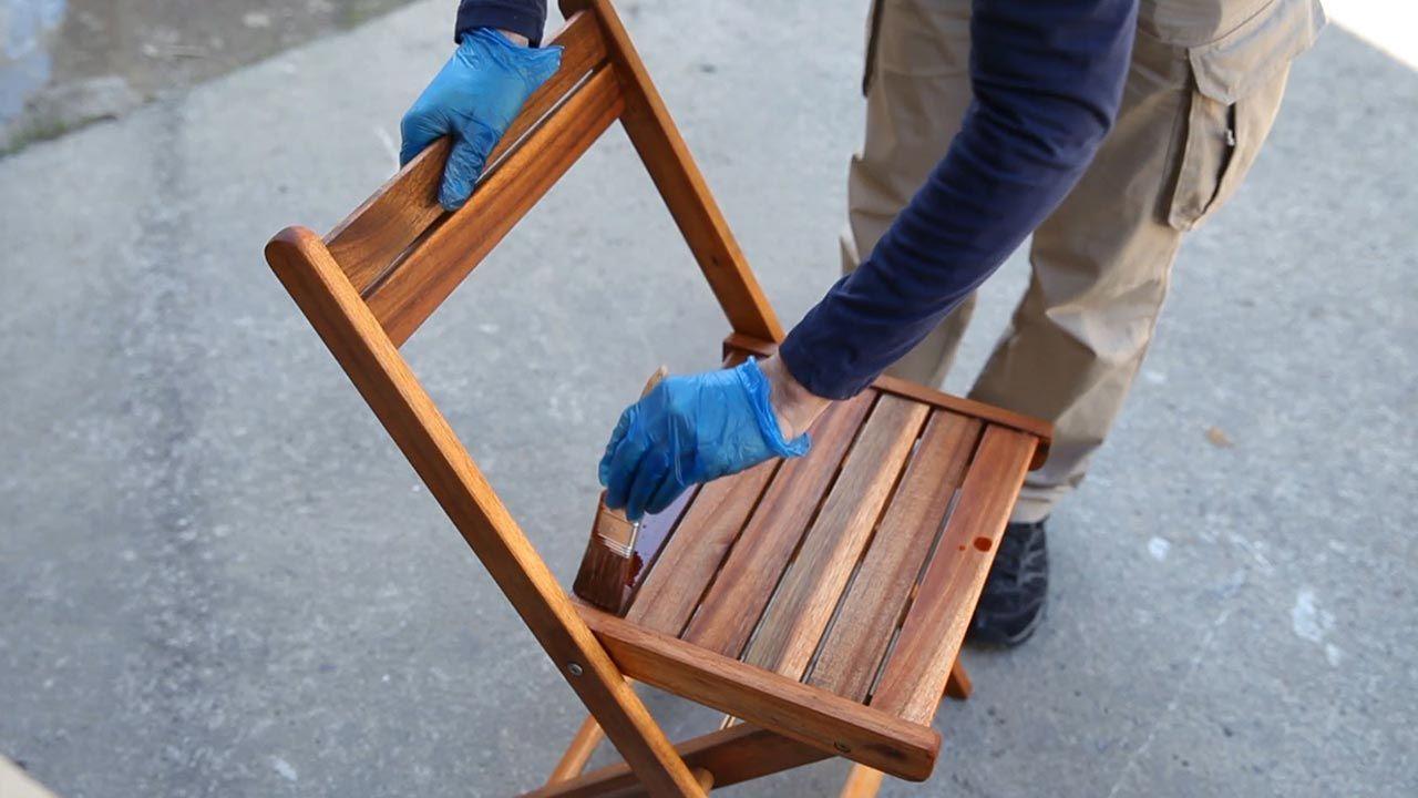 Proteger muebles de madera con aceite de teca