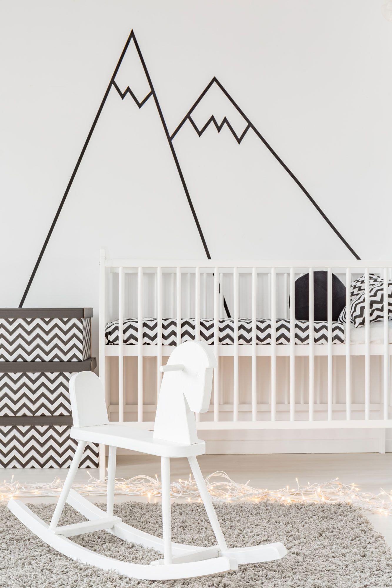 Decoración infantil minimalista en blanco y negro
