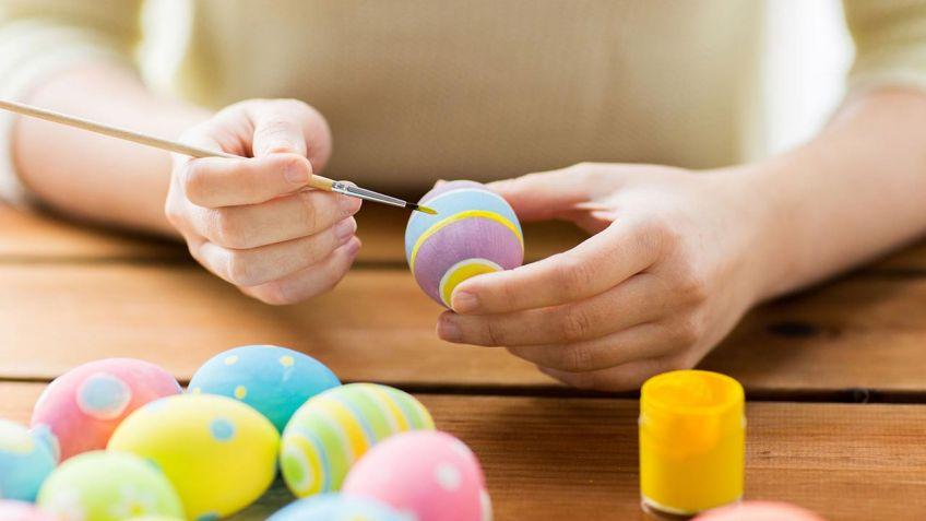 Cmo pintar huevos de Pascua de colores  Hogarmania