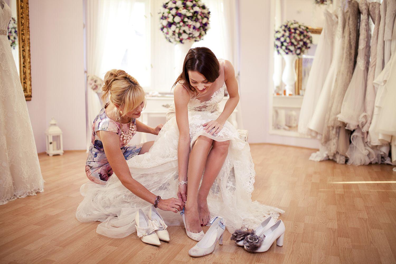 Prueba de zapatos de novia