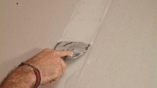 Cómo aislar una pared
