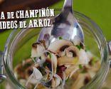 Sopa de champiñón y fideos de arroz