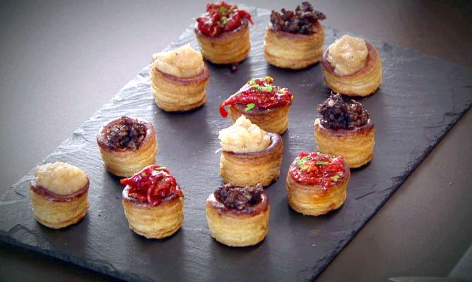 Receta De Mini Volovanes De Morcilla Pimientos Y Manzana En Cocina Abierta Hogarmania