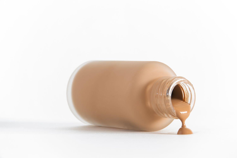 Bote de maquillaje líquido