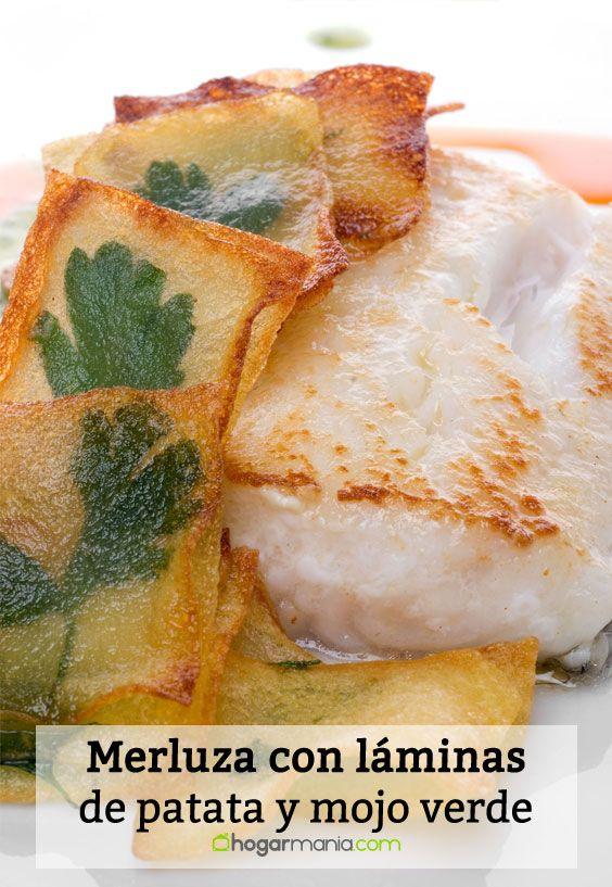 Merluza con láminas de patata