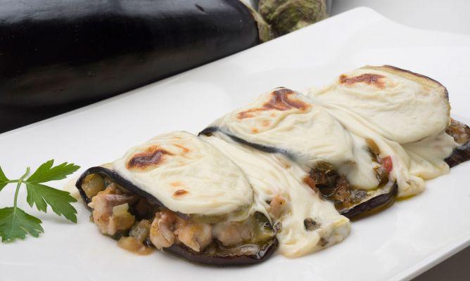 Receta de berenjenas rellenas de chicharro y pisto for Cocina berenjenas rellenas