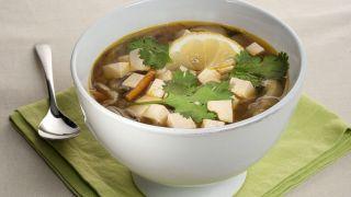 Sopa de miso con soba y tofu