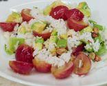 Ensalada de arroz y uvas
