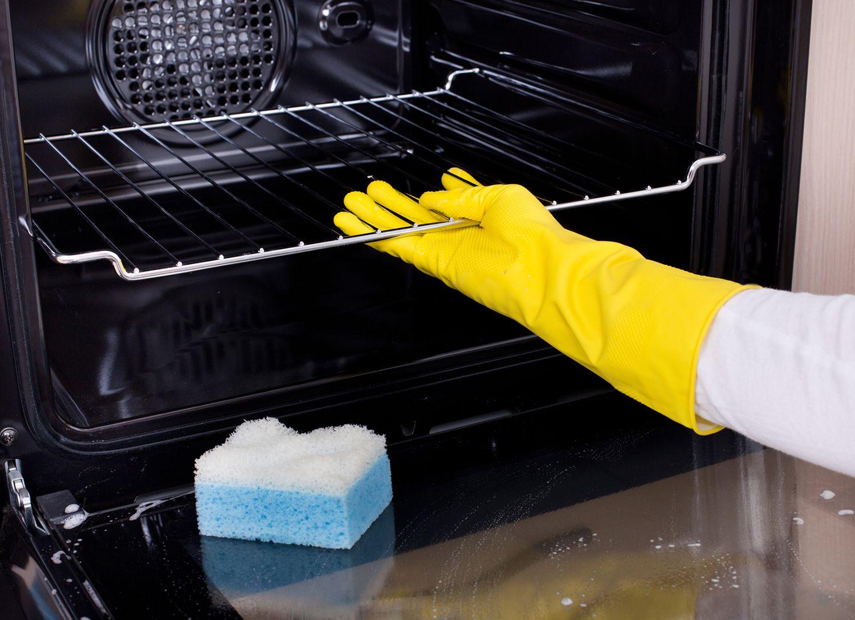 Limpiar las rejillas del horno