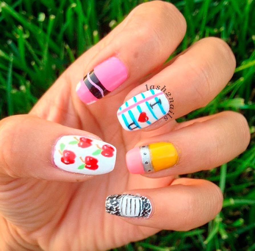diseño uñas estudiantes 2