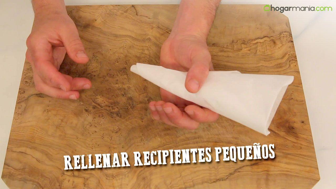Papel de horno para rellenar recipientes pequeños