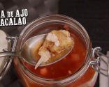 Sopa de ajo, tomillo y bacalao