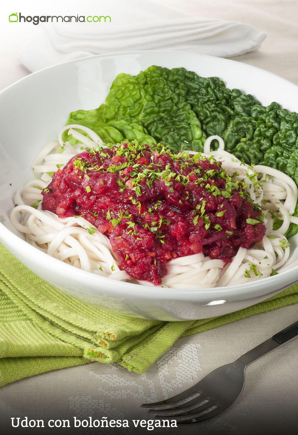 Udon con boloñesa vegana
