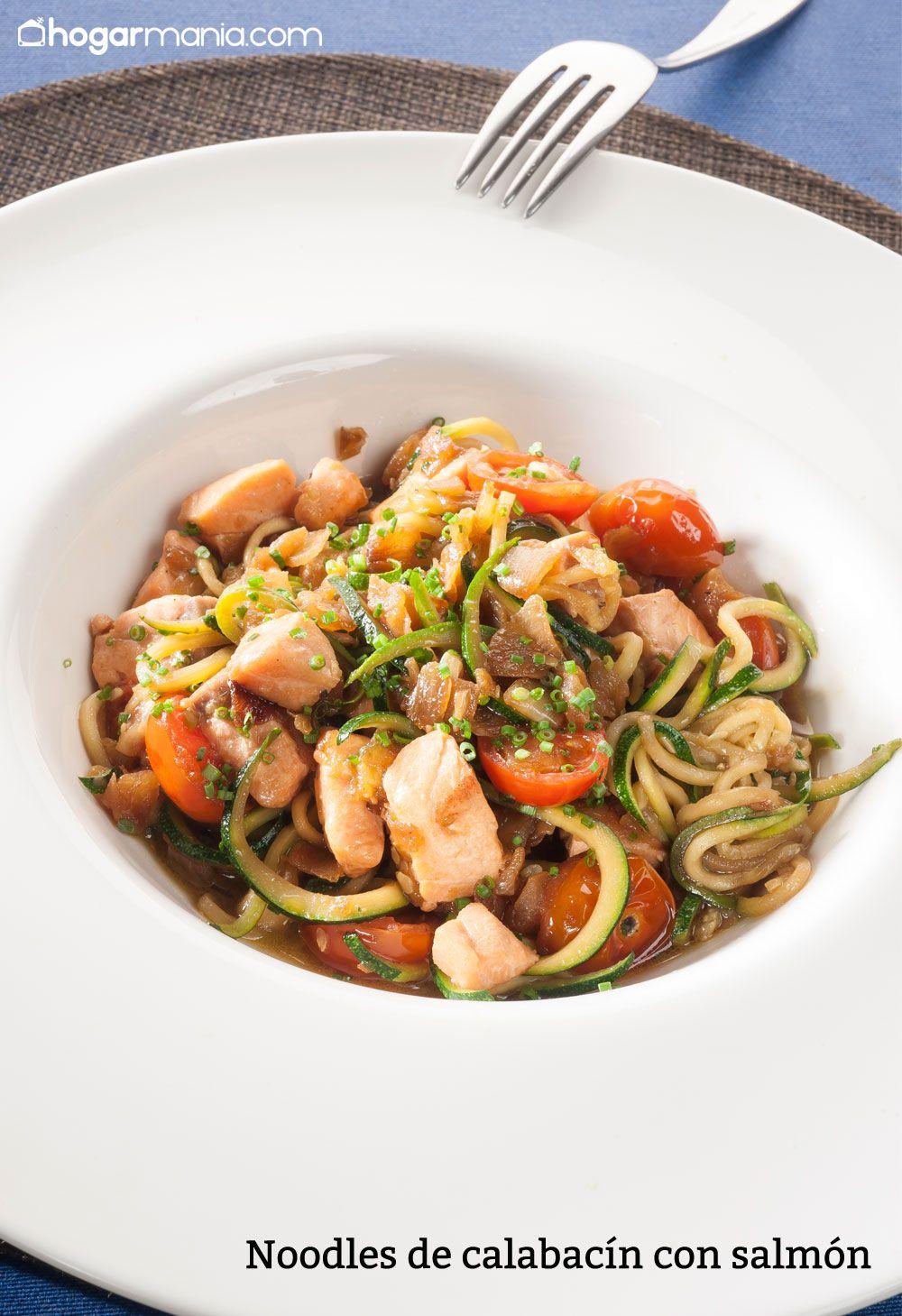 Noodles de calabacín con salmón
