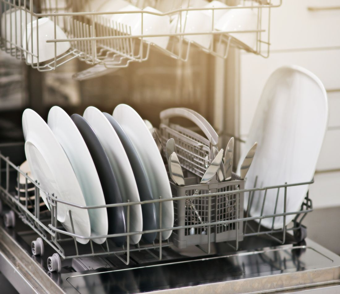 Cómo cuidar de los electrodomésticos para evitar gastos innecesarios