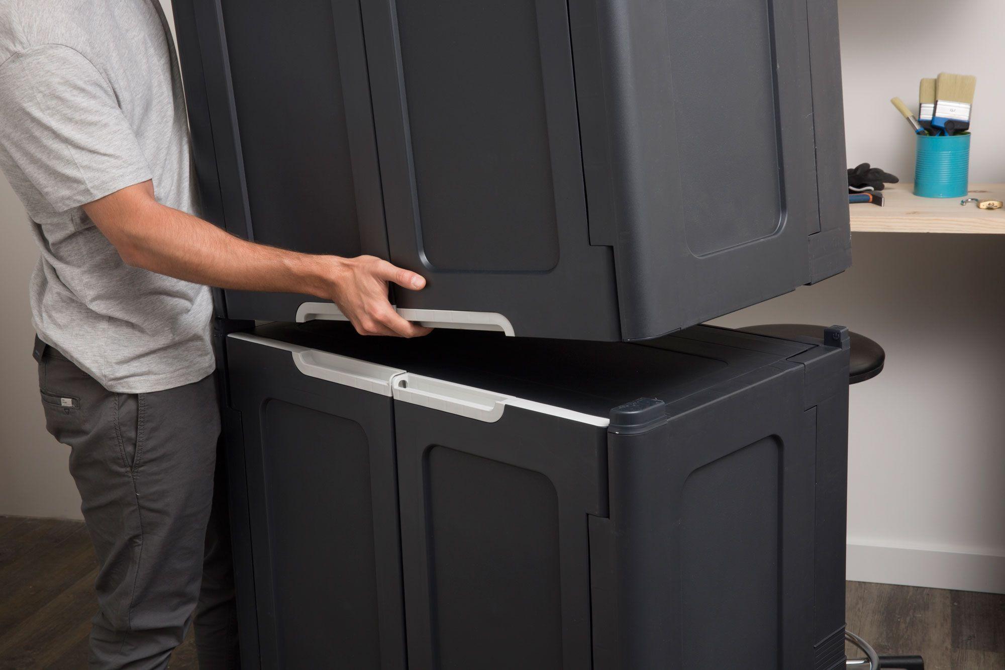 Organiza tu taller o trastero con los armarios MAGIX. ¡Se montan en 1 minuto!