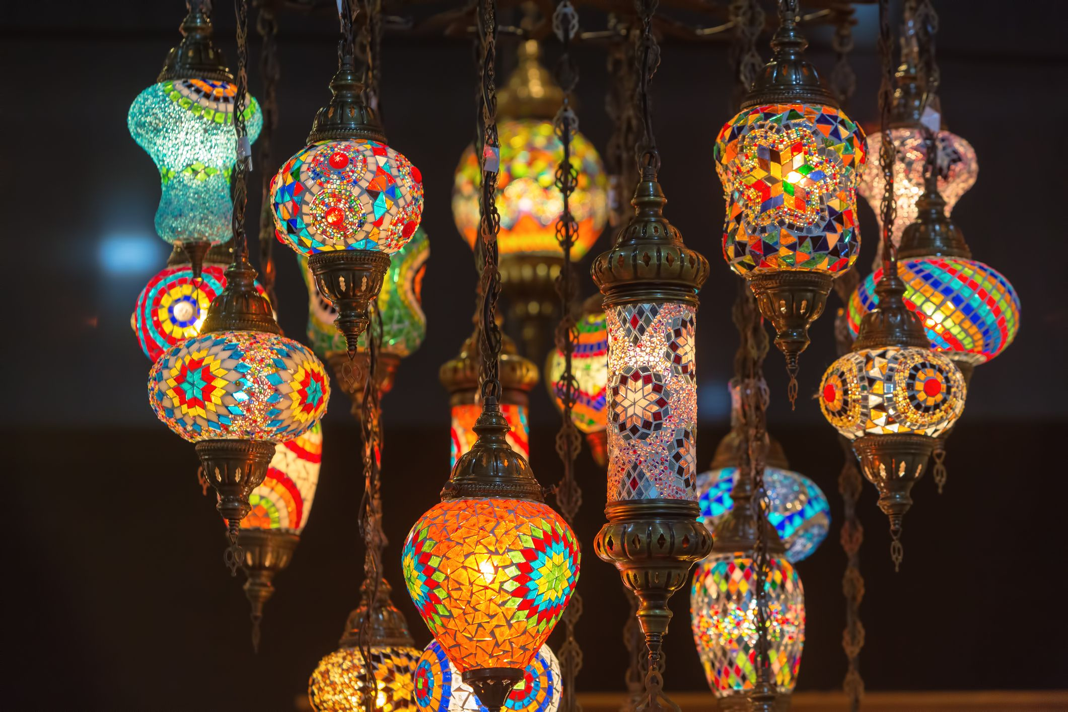 Decoraci n estilo marroqu hogarmania - Como decorar tulipas de lamparas ...