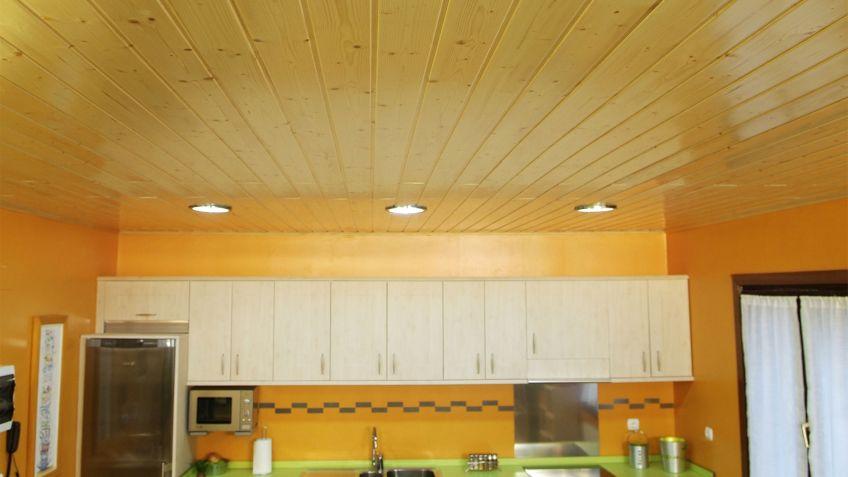 Falso techo imitacion madera amazing awesome forrado de for Friso pvc precios