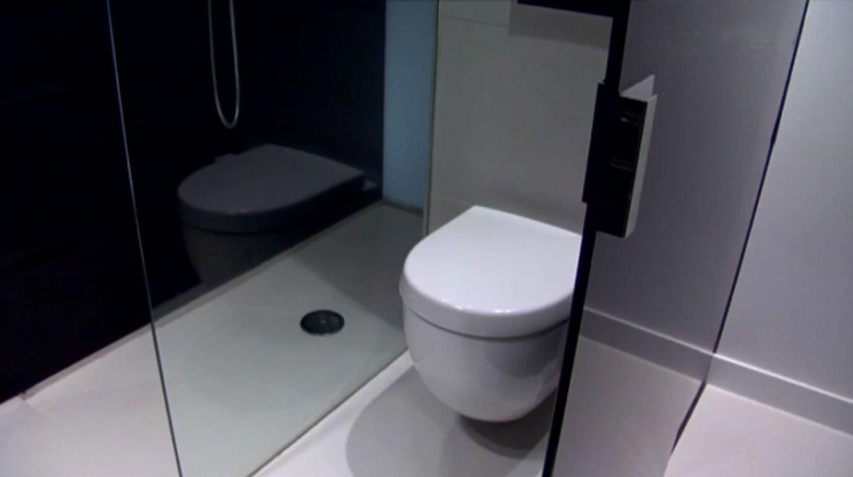 Piso minimalista en blanco negro hogarmania for Lampara de piso minimalista
