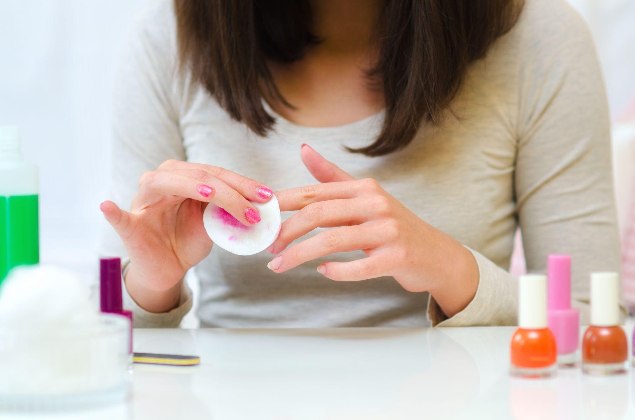 quitaesmalte uñas