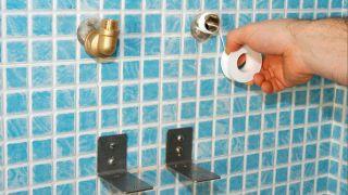 Columna de ducha con mampara